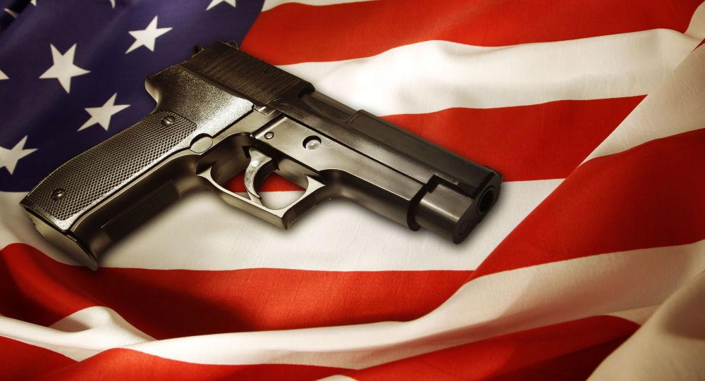美国一法官与罪犯交火并将其击毙