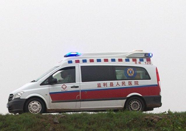 中国工厂发生爆炸与火灾,1人死亡,几人被困在楼内