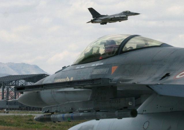 土耳其空军基地进入橙色警戒状态