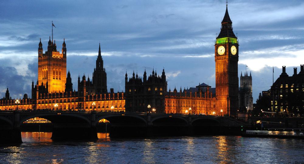 英國內閣指示首相就敘疑似化武襲擊與美法兩國研究協同回應