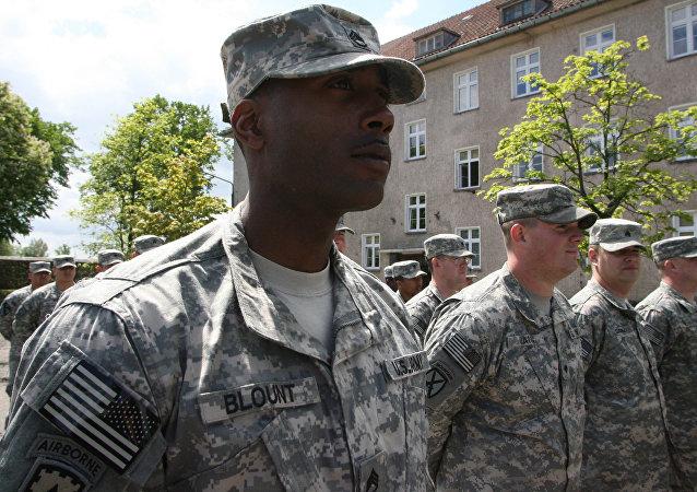 """媒体:特朗普将授予军方打击""""伊斯兰国""""的更大自主权"""