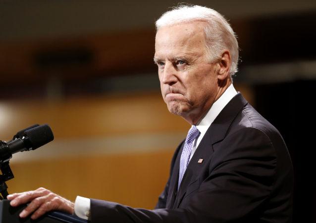 媒体:美国副总统称准备军事解决叙利亚问题