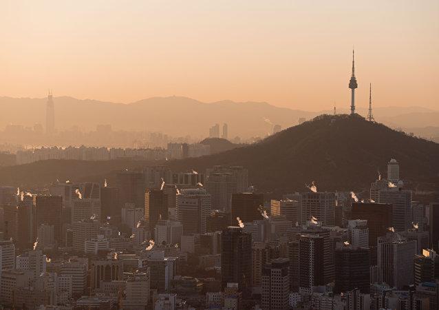 媒体:韩国对朝鲜未激烈回应宣传广播感到意外