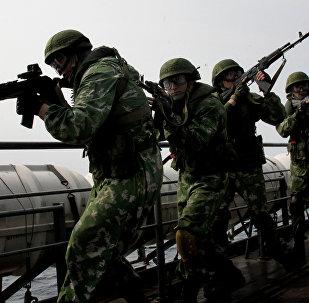 """俄罗斯计划为国防部和内务部大批量生产""""隐形衣"""""""