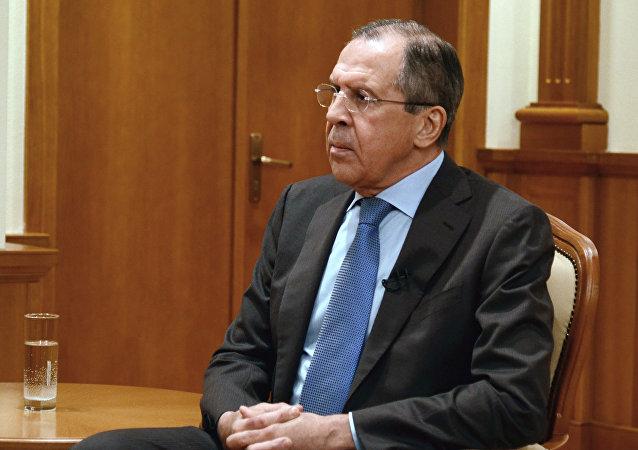 俄外长:北约没有不东扩的法律义务 但作过口头承诺