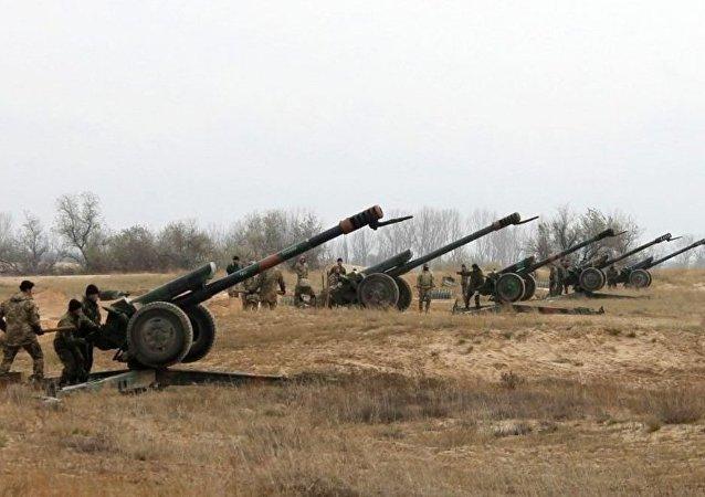 乌强力人员指责民兵昼夜内29次炮击其顿巴斯阵地