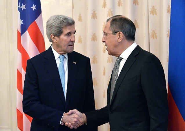 美国务卿克里与俄罗斯外长拉夫罗夫/资料图片/
