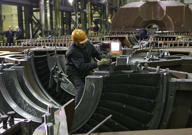 媒体:俄与埃及或将于6月签署建设核电站合同