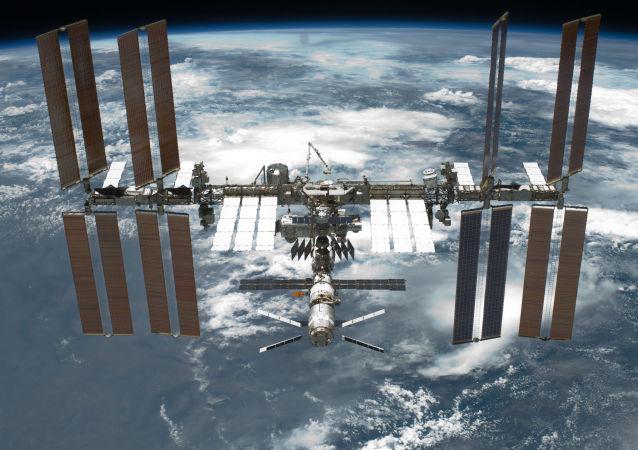 """俄航天局:""""联盟TMA-19M""""飞船已以手动模式与国际空间站对接"""