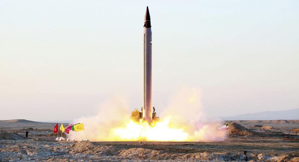 """伊朗成功试射""""神鸟""""号运载火箭"""