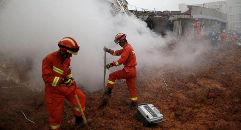 中国救援人员(资料图片)