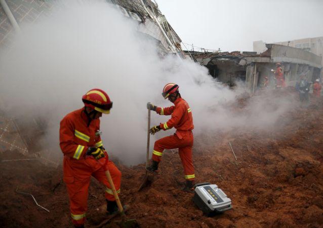 云南省发生泥石流,造成6人失踪