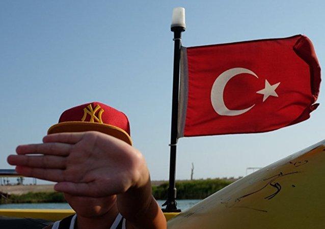 土耳其政府拒绝为一名挪威女记者提供境内居住权