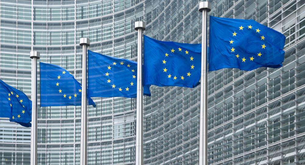 马克龙称他相信主权欧洲