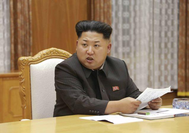 电视台援引美国官员消息:朝鲜一艘潜艇失联