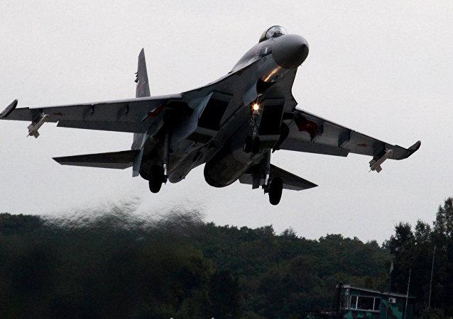苏-35S战机