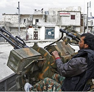 自由叙利亚军队伍在土耳其的支持下进入被伊斯兰国组织控制的叙利亚城市巴卜
