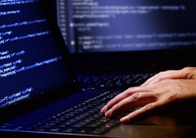 媒体︰ 被开除的大学生黑客侵入校网 要求重返校园