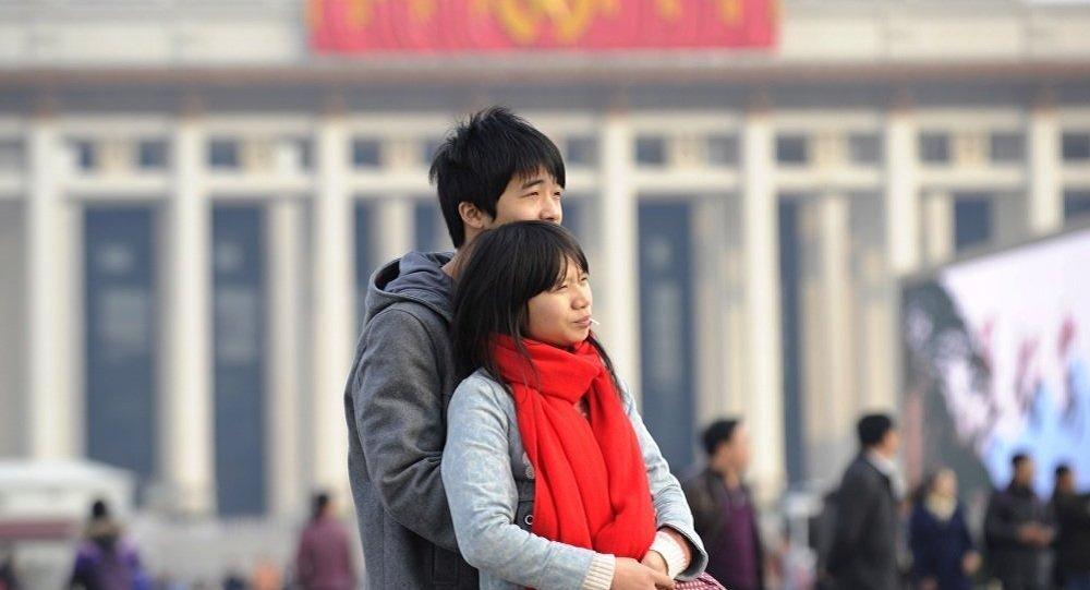 中国史上首次颁布反家暴法