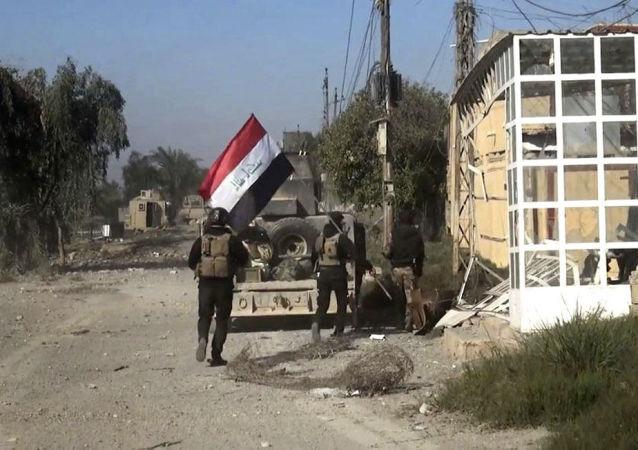 """媒体:伊安全部队击退""""伊斯兰国""""进攻并歼灭75名武装分子"""