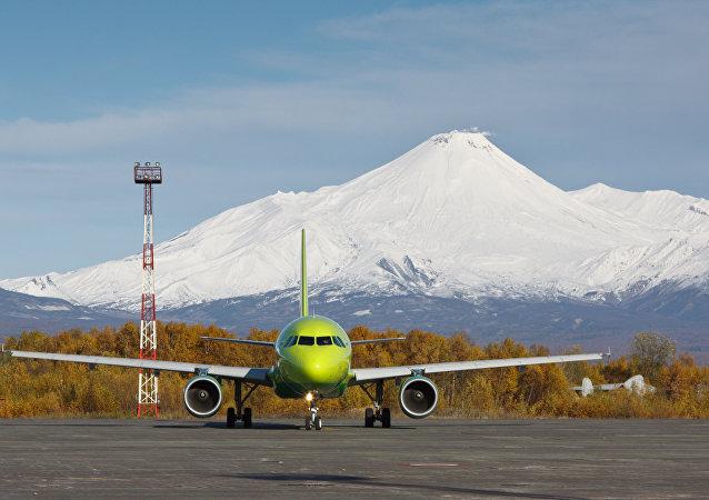 俄安全局在检查堪察加机场安全情况中将假炸弹带至飞机