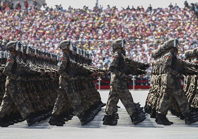 人大新闻发言人:2017年中国国防费增长幅度为7%左右