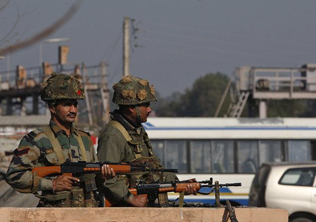 印巴在控制线发生交火
