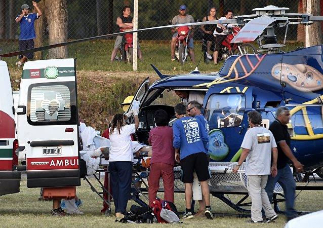 达喀尔拉力赛中国女车手赛车发生车祸 10人受伤