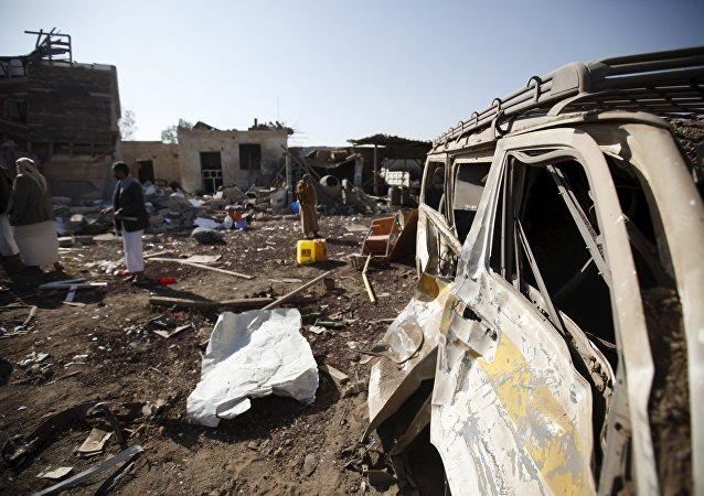 也门一场葬礼遭阿拉伯联盟空袭,造成至少45人死亡
