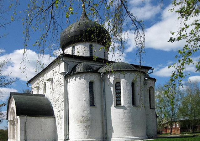 尤里耶夫-波利斯基的圣乔治大教堂