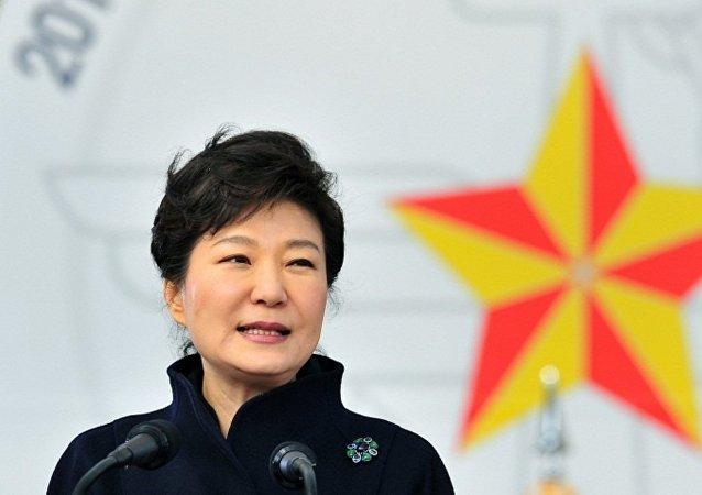 韩国总统批评在韩部署美国萨德系统的反对者