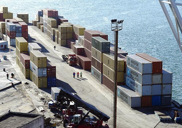 俄瓦尼诺港第一至第三季度货运量涨幅29%达520万吨