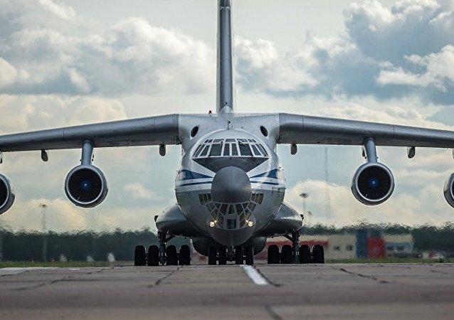 伊尔-76