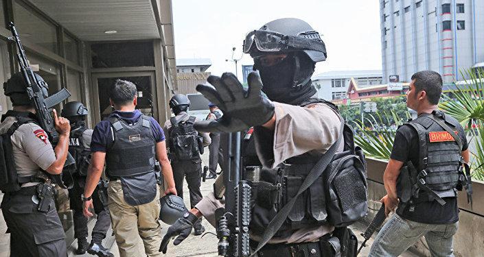 """印尼警方称逮捕9名""""伊斯兰国""""支持者"""