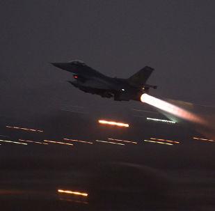 美國空軍F-16 Fighting Falcon