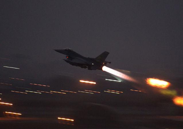 媒体:美国承认8月23日空袭可能造成叙利亚平民死亡