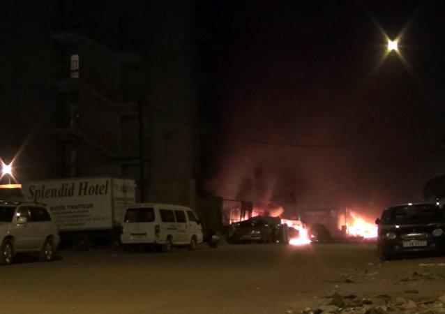 布基纳法索首都一酒店遭袭 至少20人死亡