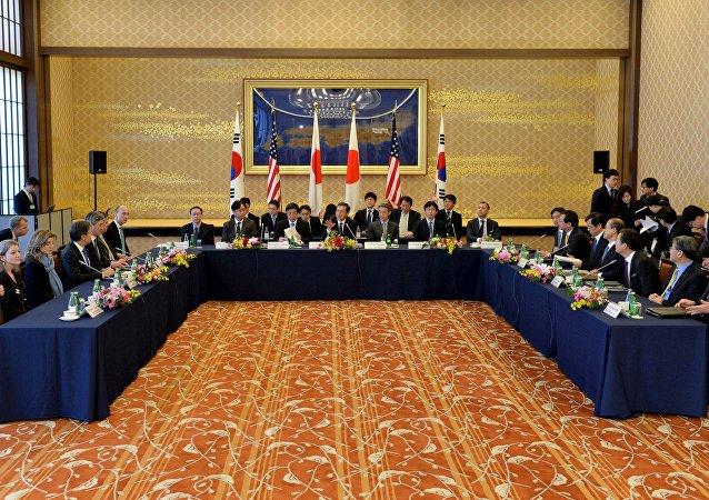 日本韩副外长正讨论制裁朝鲜的可能性