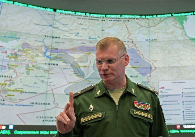 俄防长抵哈萨克斯坦并将讨论军事和军技合作问题