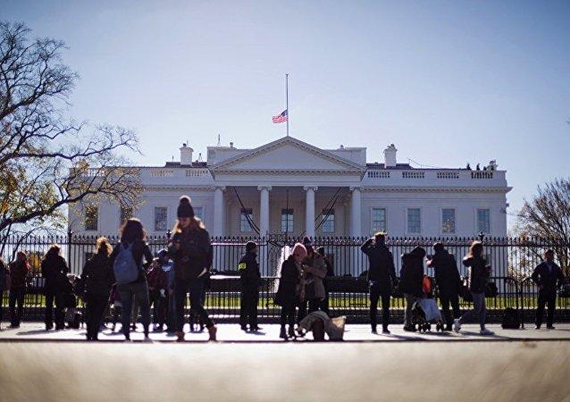 白宫:落实明斯克协议是解除对俄制裁的前提