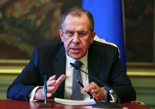 俄外长:俄希望与土库曼斯坦协调行动打击恐怖主义