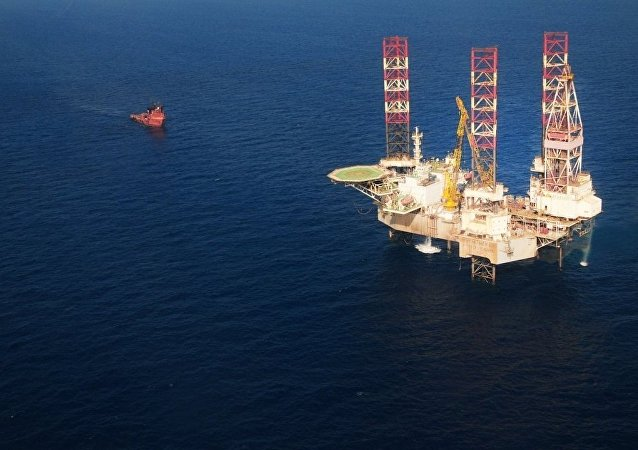 """中国外交部:中国""""海洋石油981""""钻井平台作业海域完全是中方管辖海域"""