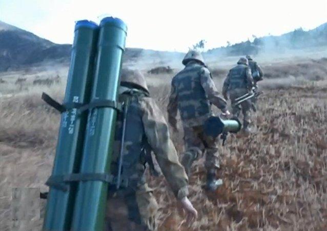 中国海军陆战队全员开赴新疆沙漠等极端高寒地区训练寒区作战
