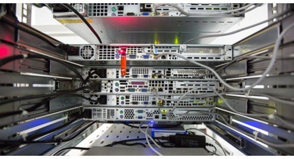 俄开始在国产8核微处理器基础上研制防网络间谍设备