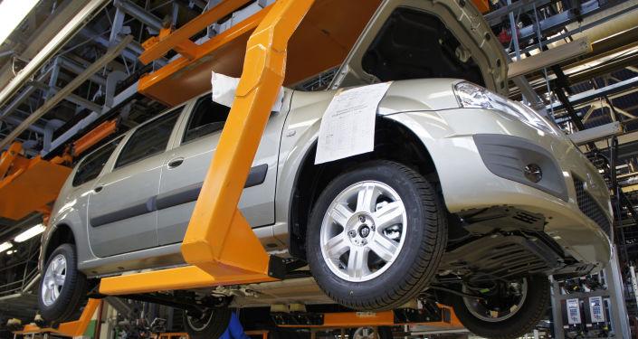 AvtoVAZ 7月在俄銷售增長22% 達到2.65萬輛