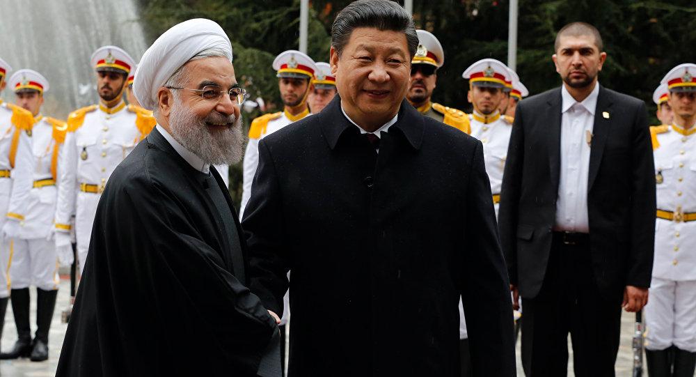 中伊约定在10年内将贸易额增至6000亿美元