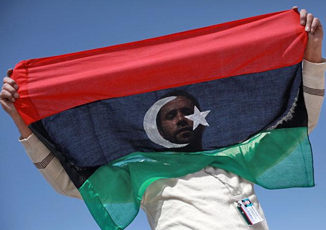 利比亚军方否认美俄英军人登陆该国的媒体报道