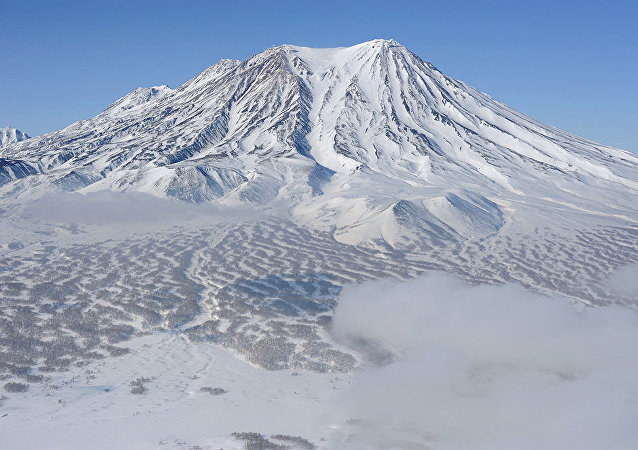 茹帕诺夫斯基火山