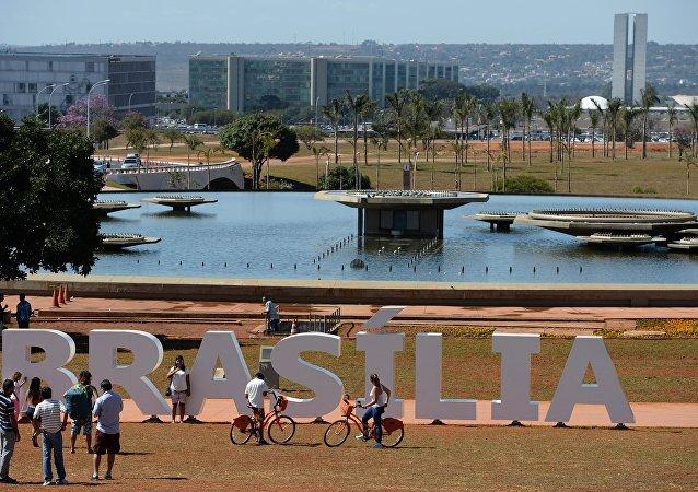 巴西将动用军队参与抗击全国蔓延的齐卡热