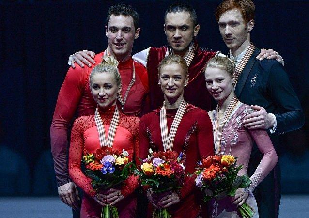 俄罗斯花滑选手在欧洲花样锦标赛双人滑项目中夺冠